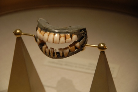 Washington's Madeira-Stained False Teeth?, Smithsonian Institute